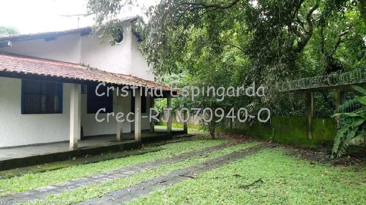 Casa de condomínio fechado em guapimirim