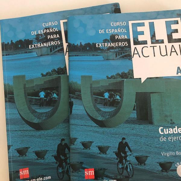 Livro de idiomas espanhol