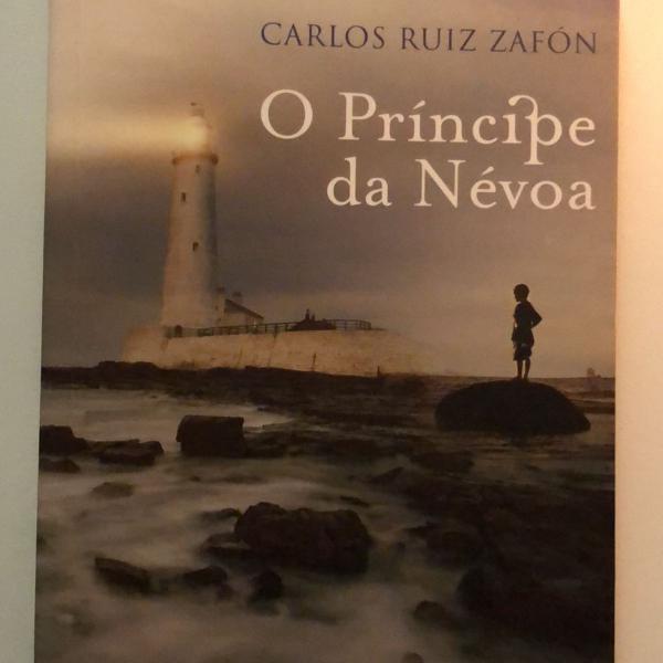 Livro o príncipe da névoa de carlos ruiz zafon