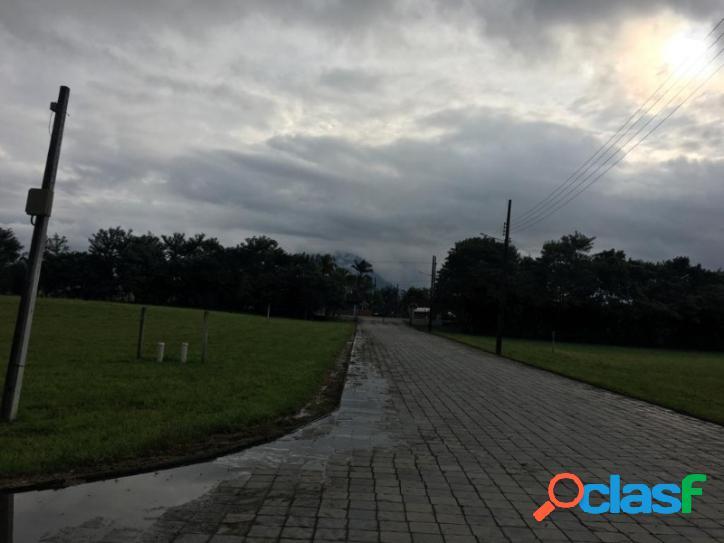 Terreno Rural, no condomínio Cubatão Velho, terreno alto de esquina 1