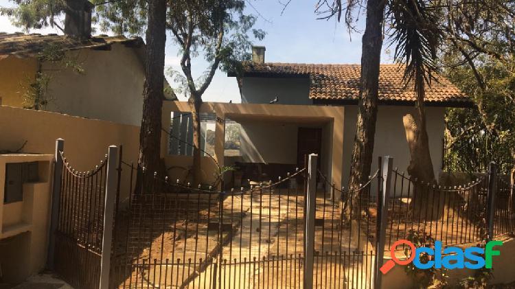 Casa 3 dormitórios, sendo 1 suíte - condomínio fechado - granja viana