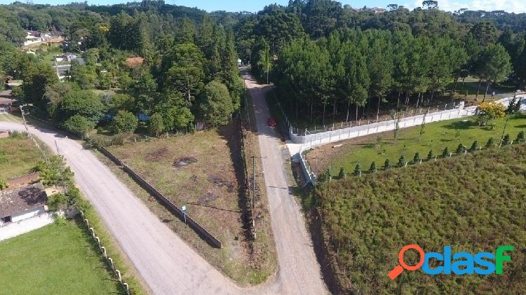 Terreno plano / esquina / fácil acesso para a sc 301