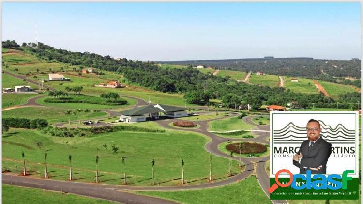 Terrenos de 450m² com ótima localização
