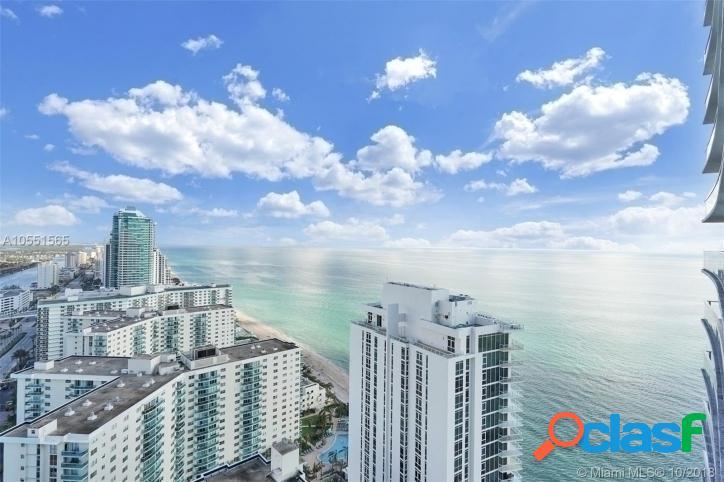 USA-Florida- Fort Lauderdale. Lindo apto para temporada ao lado da praia.