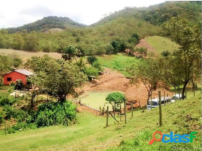 Rio bonito - rj - fazenda 726.000 m² casa 3 qtos 1 suíte