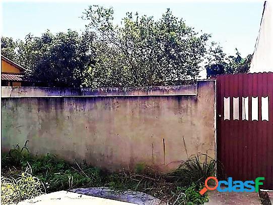 Cabo frio-rj - jardim esperança terreno murado c/ água, luz e esgoto 100 m²