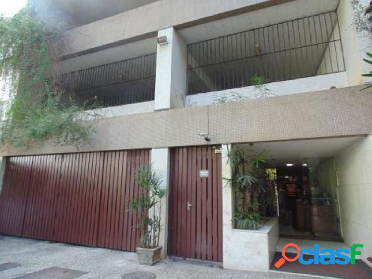 Rio de janeiro/rj - cosme velho - apartamento 2 quartos sendo 1 suíte