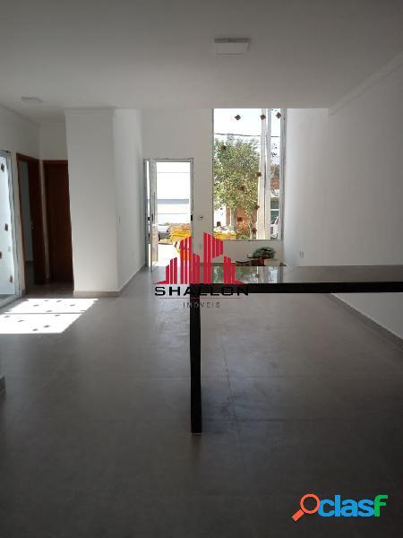 Casa térrea 03 dormitórios em condomínio terras de são francisco