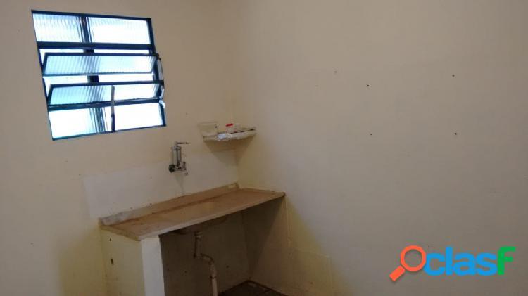 Aluga casa centro r$ 500,00, centro, carapicuíba, sp.