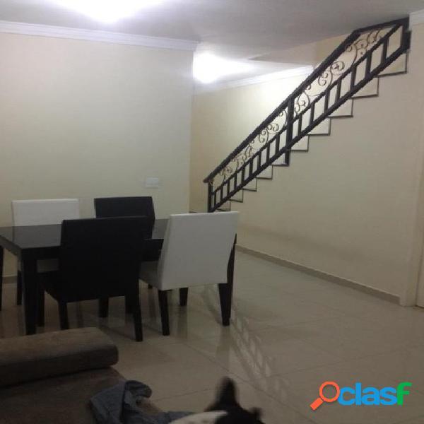 Linda Casa em Condomínio Fechado com 3 dormitórios e 3 vagas 1
