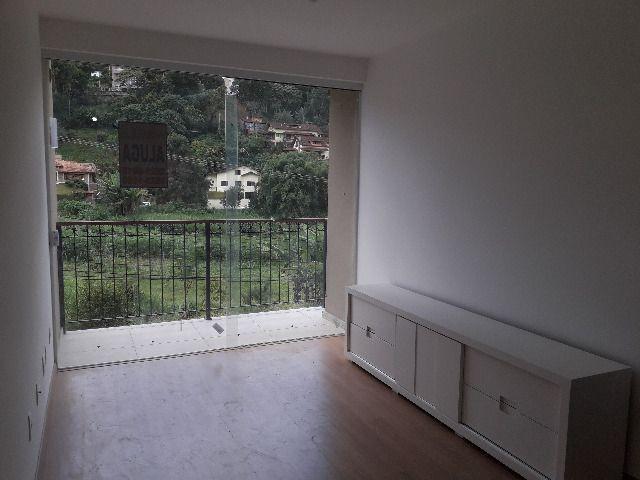 Alugo apartamento 02 quartos de primeira locação área