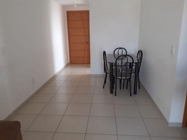 Vendo apartamento 2 qts com suíte no residencial parati