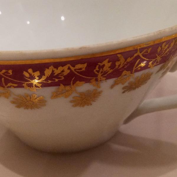 Xícara de chá porcelana real