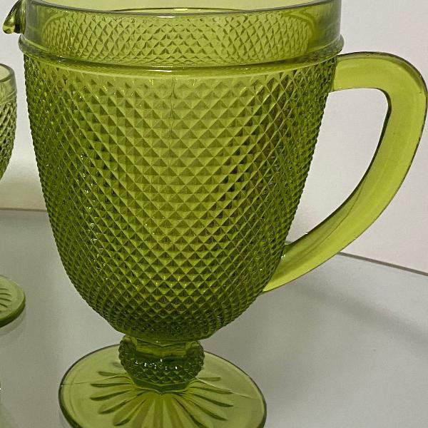 Jarra bico de jaca verde oliva