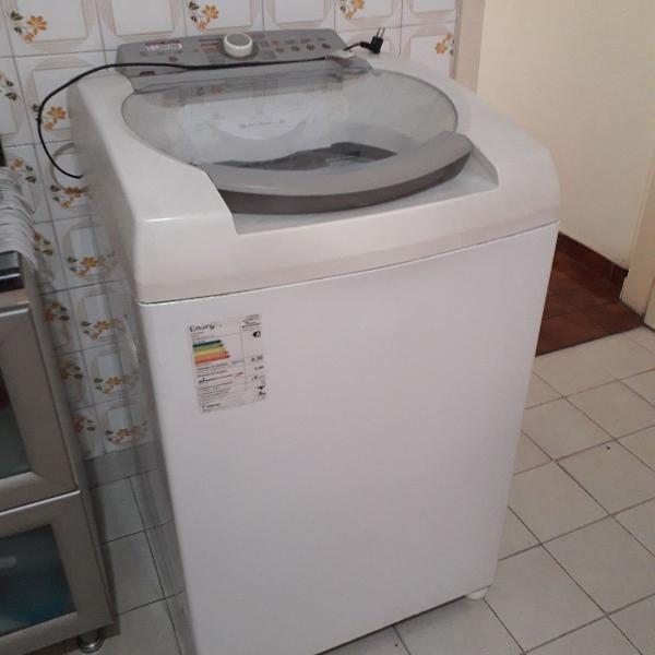 Super máquina de lavar roupas (: