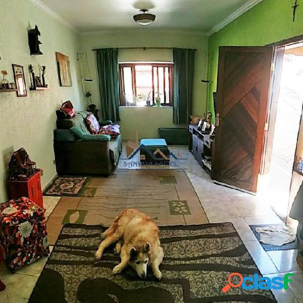 Casa em condomínio no km 32 da raposo em cotia.