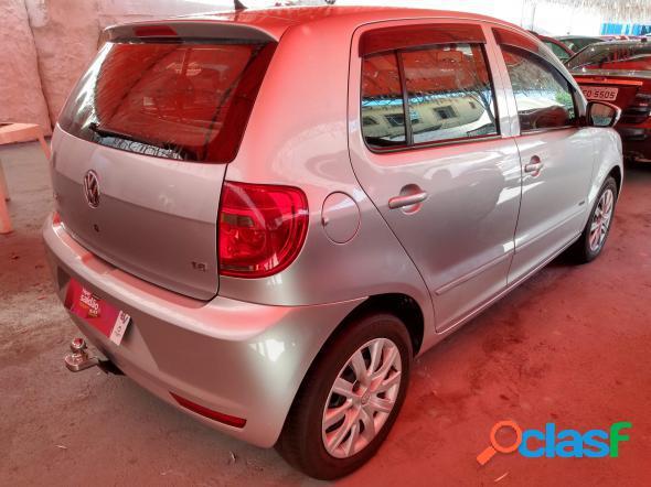 Volkswagen fox 1.6 mi total flex 8v 5p prata 2012 1.6 flex