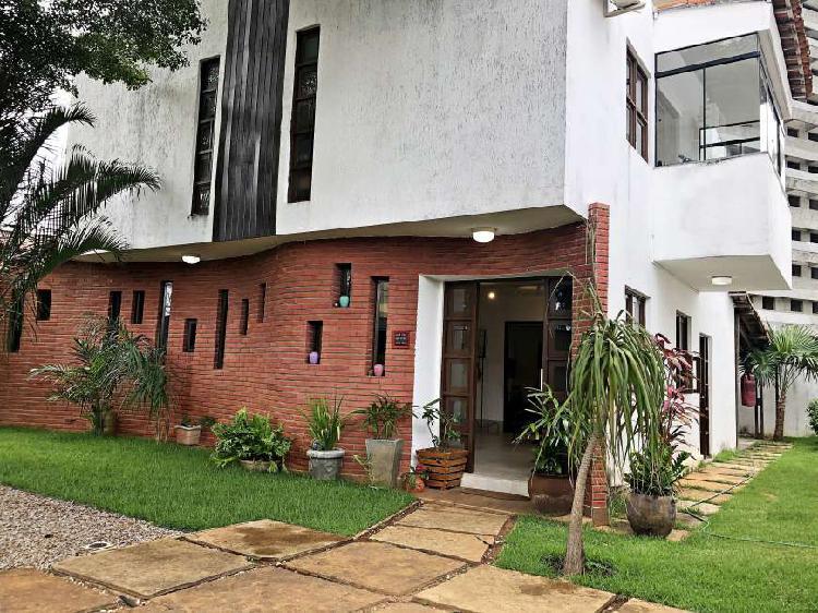 Casa duplex à venda com 192 m², 3 qtos em ponta negra -