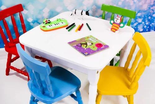 Conjunto mesa infantil com 4 cadeiras