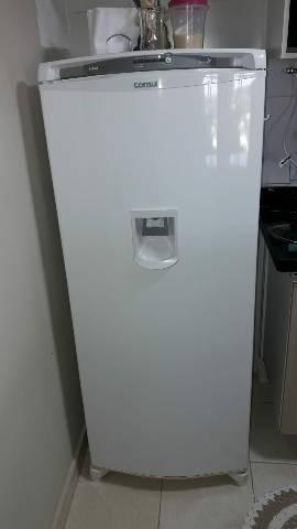 Geladeira consul c/ dispenser de água