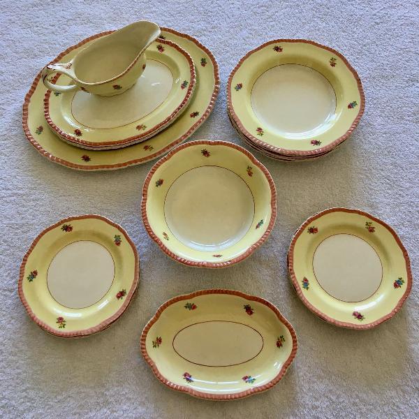 Jogo de jantar woods ivory ware (louça inglesa, anos 40)