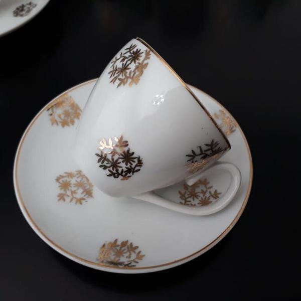 Jogo de xícaras de porcelana mauá