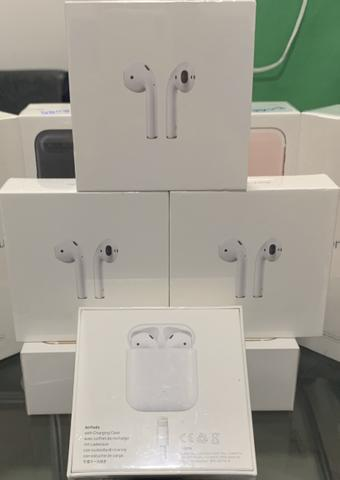 Loja física. air pods 2 apple charge case e wireless 1 ano