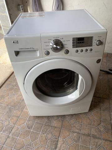 Máquina de lavar e seca
