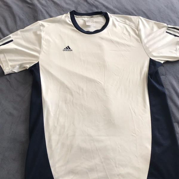 Camiseta dry fit adidas
