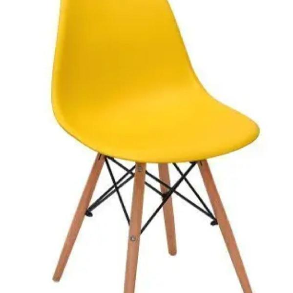 Cadeira eames eiffel, amarela
