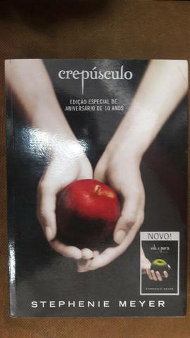 Livro crepusculo/ vida e morte