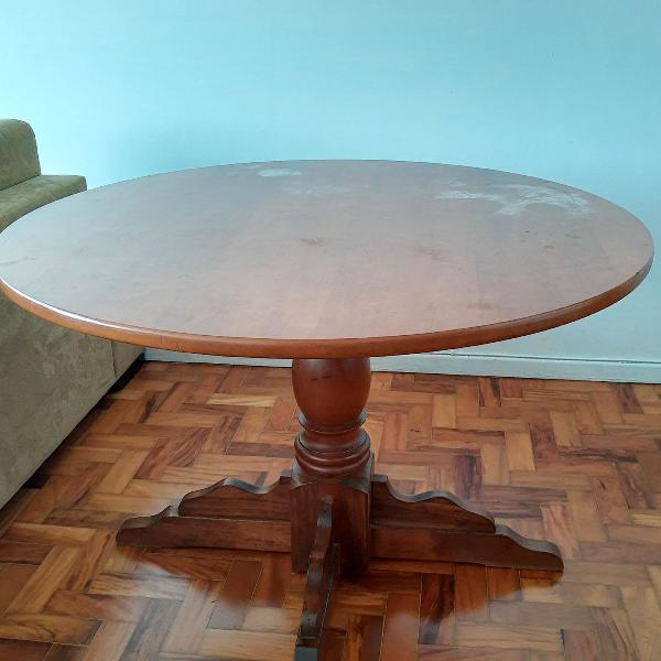 Mesa redonda de madeira + 4 cadeiras
