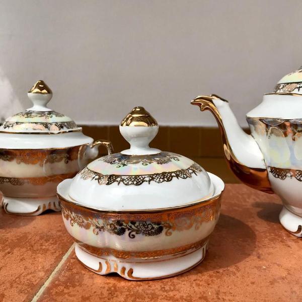 Jogo de chá porcelana real
