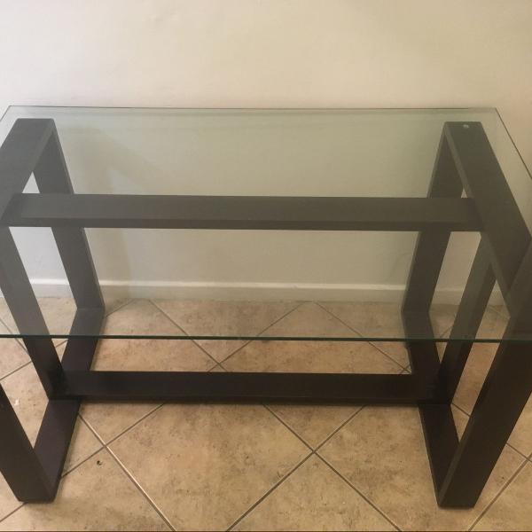 Mesa de jantar (base e tampo de vidro)