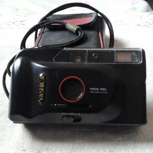 Máquina fotográfica yashica