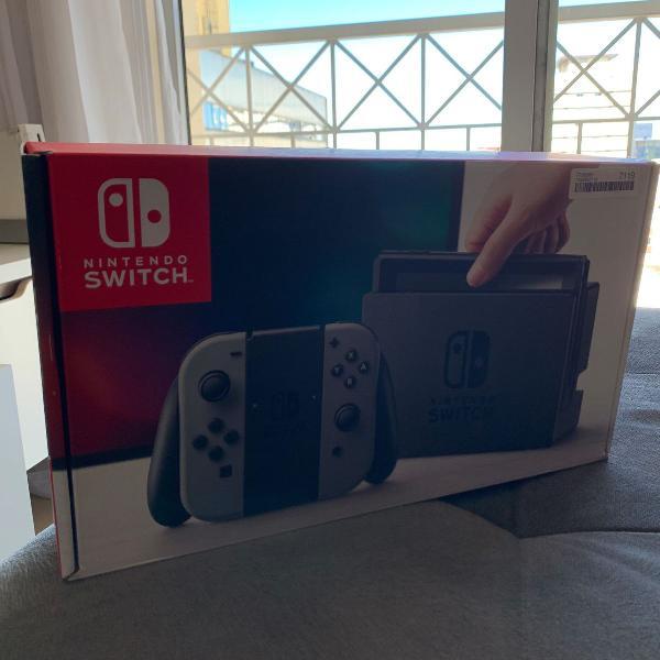 Nintendo switch (desbloqueável) com cartão sd 128gb e