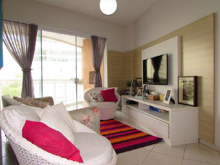 Apartamento com 3 dormitórios sendo 1 suíte em riviera de