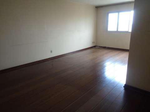 Venda de apto. com 90 m² com 2 quartos e 1 vaga em