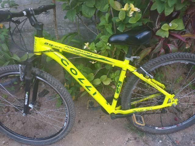 Bicicleta aro 29 da marca: colli, toda alumínio e toda
