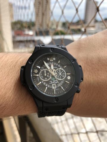 Relógio masculino importado novo
