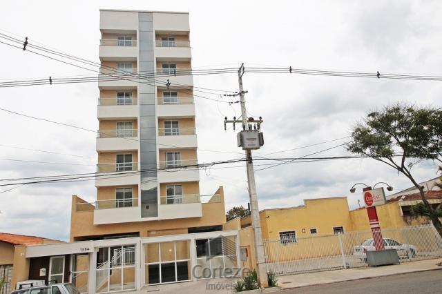 Apartamento semi mobiliado com 2 quartos no centro