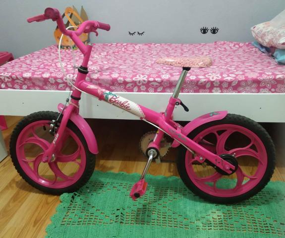 Bicicleta infantil caloi aro 16 - barbie - novinha