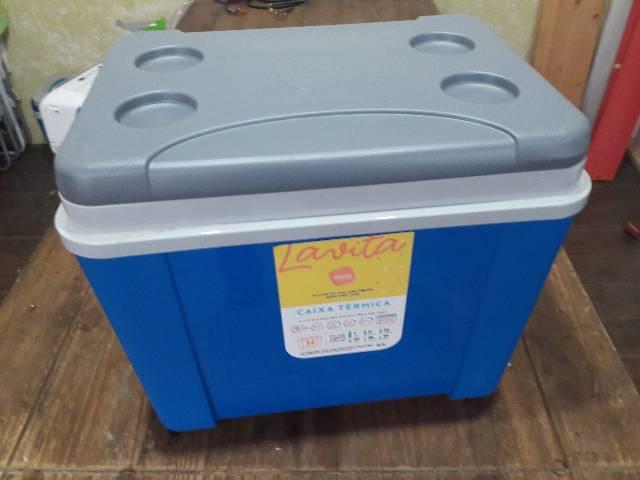 Caixa termica nova 34 lts