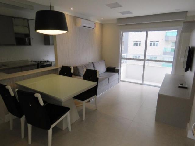 Locação apartamento mobiliado de 2 dormitórios com