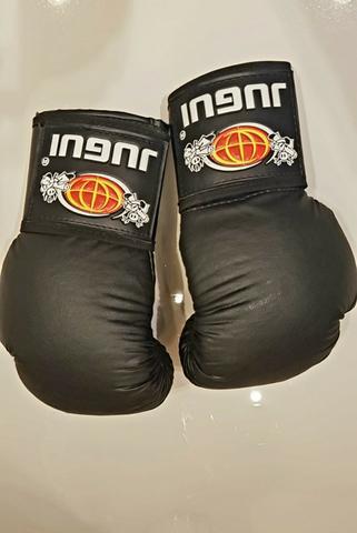 Luva de boxe / muay thai ecocouro jugui (10 oz)
