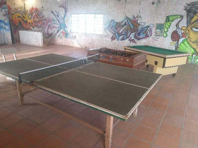 Sinuca, totó,mesa ping pong juntos ou separados