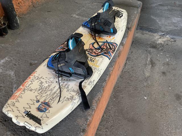 Wake board prancha e bota