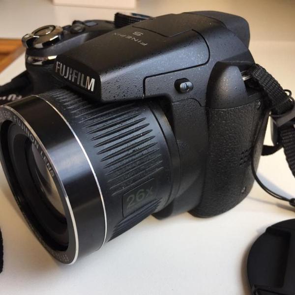 Camera fujifilm finepix s3300