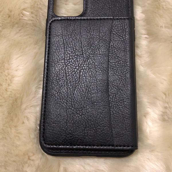 Case em couro preto porta cartão e documentos iphone 11 pro