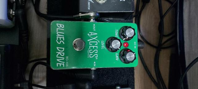 Pedal blues drive axcess